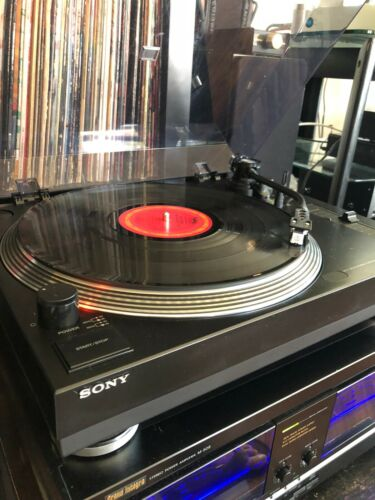 SONY TURNTABLE, BELT DRIVE MANUAL, PITCH CONTROL, STROBE, WITH MM CARTRIDGE