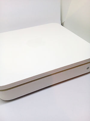 Apple Airport Extreme A1143 MB053B/A Gigabit Dual Band Wireless N 802.11n Router