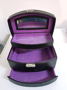 MakeUp Cases and MakeUp Kit Tenambit Maitland Area Preview