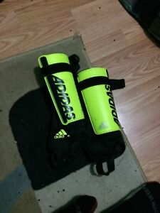 Soccer shinguards with ankle-guards