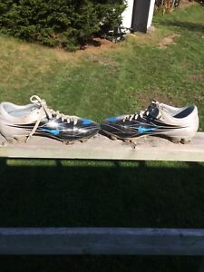 Nike Mercurial soccer cleats size 7