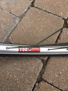 2velos/bicycles 21 vitesses