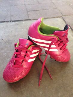 Pink adidas footy boots  Elizabeth Grove Playford Area Preview