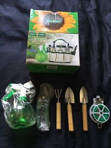 New 5piece Garden Tool Set