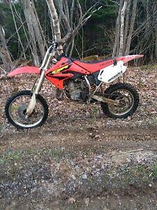 2003 Cr85r