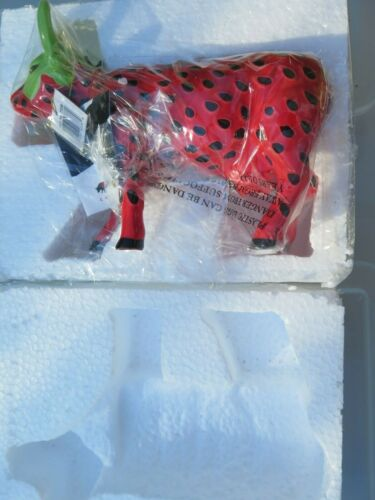 Cow Parade - Strawberry Cow - #7338 Collectible - Westland Giftware With Tag Box