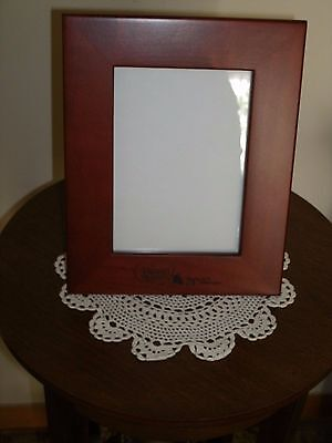 "New Precious Moments Wood Picture Frame "" Cruise Gift 2007 """