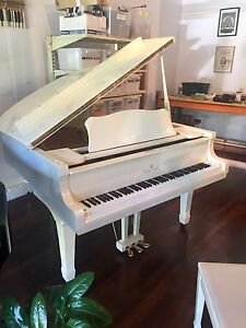 Gloss White Baby Grand - Delivery included Norwood Norwood Area Preview