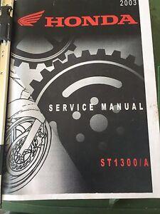 Manuel d'entretien et de réparation Honda St -1300