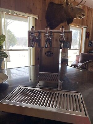Perlick Century Beer System Three Tap T Tower 3 Spout Chrome Stainless Drain