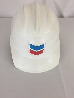 E D Bullard Hard Boiled White Plastic Chevron Oil Co Hat With Liner