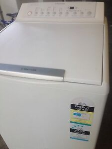 WASHING MACHINE 6.0KG ELECTROLUX EXCELLENT CONDITION Pendle Hill Parramatta Area Preview