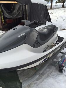 1998 Yamaha gp 1200 BRAN NEW ENGINE