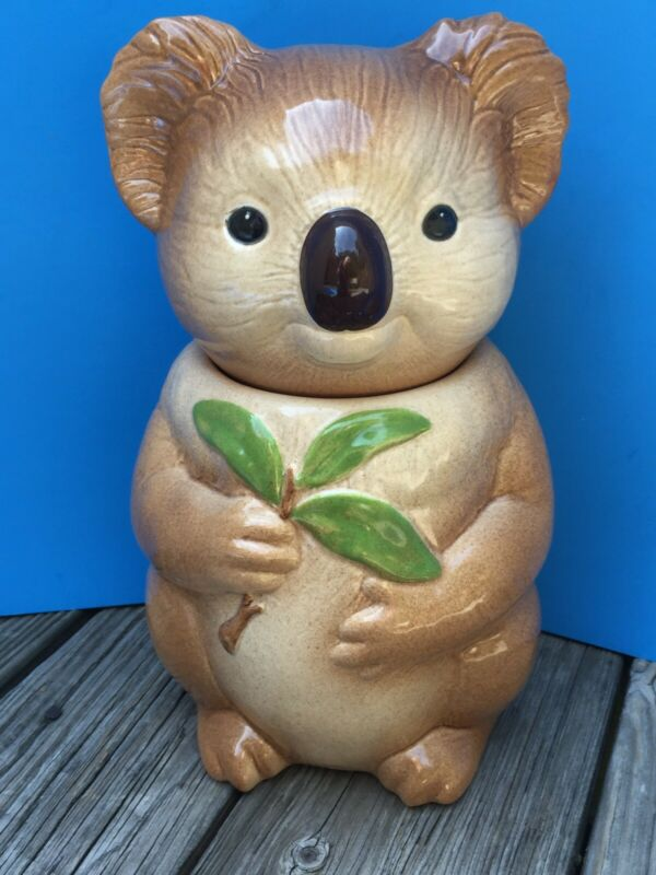 Metlox Pottery Cute Koala Bear holding Leaf Vintage Cookie Jar  MINT !!