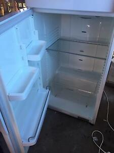 Fisher and paykel frost free fridge/freezer Campbelltown Campbelltown Area Preview