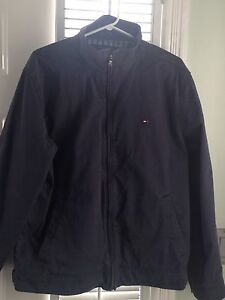 Mens large Tommy Hilfiger jacket mint.. Stratford Kitchener Area image 2