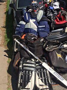 Men's goalie equipment