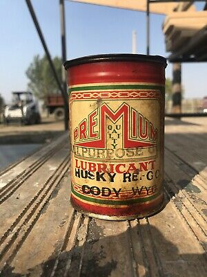 Vintage Husky Oil Refinery Company Gun Lubricant Can, Cody Wyoming Over 1/2 Full