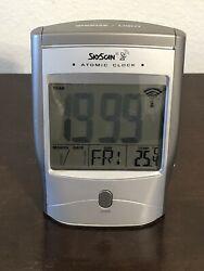 Atomic Clock / SkyScan / Model 31704 -- with Thermometer / Pre Owned