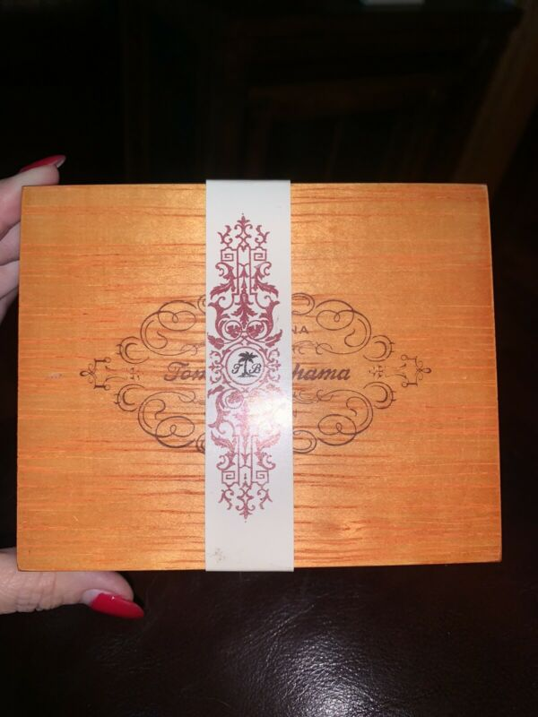 "TOMMY BAHAMA Vintage Old Havana Collection Trinket Box 5"" x 4"" x 3"" New Sealed"