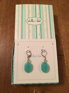 Stella & Dot Turquoise Earrings with box