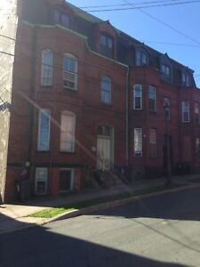 88 Orange St.#4 - 2 BR Uptown, H&L, Pets, Parking™
