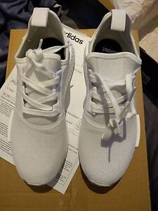 ADIDAS NMD R1 - TRIPLE WHITE - US 9 - DS - BRAND NEW W RECEIPT Braybrook Maribyrnong Area Preview