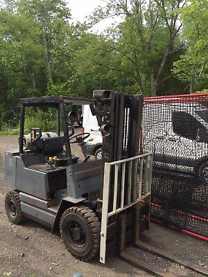 Clark Forklift 4000 Lbs-propane Lp- 3 Stage Lift Mast-