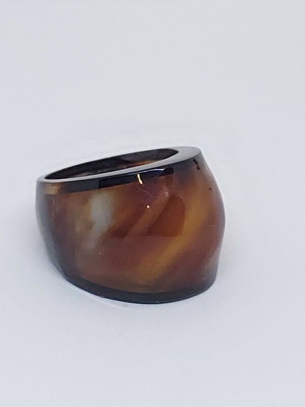 Vintage Faux Tortoise Shell & Black Lucite Dome Ring Size 9