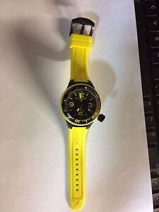 Yellow Swiss Legend Dive Watch Oakville / Halton Region Toronto (GTA) image 2