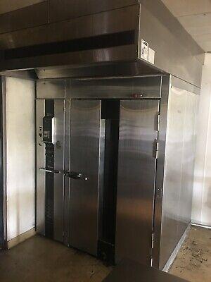Baxter Natural Gas Rotating Rack Bakery Oven 250000 Btu- Working