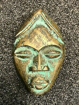 Beautiful Mask Tribale African Bronze Statue
