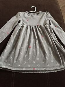 5T old navy heart dress. (St. Thomas)