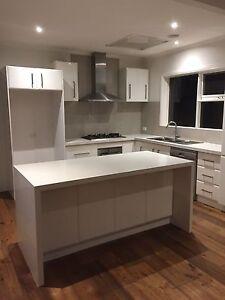 DEMOLITION SALVAGE SALE - kitchen Caesarstone benches, appliances.. Bentleigh Glen Eira Area Preview