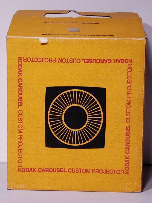 Kodak Ektagraphic Carousel Slide Projector Model B-2 w/Lens, Slide tray & Remote
