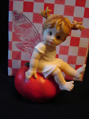 "NIB Soo Sweet! Enesco 2001 LITTLE KITCHEN FAIRIES #102543 "" Hot Tomato Fairie """