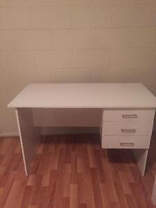 White Student desk Runaway Bay Gold Coast North Preview