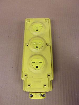 Woodhead 31594 Multi-tap 15 Amp 125v Nema 6-15 Receptacle Staion Box
