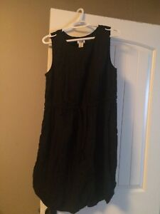 New with tag Old Navy 1x black dress with tie waist
