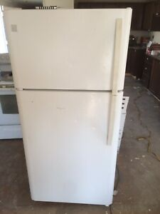 Refrigerator and stove combo for sale