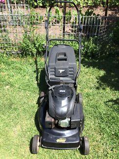 GMC lawn mower 4 stroke