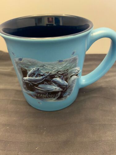 SEAWORLD DOLPHIN COFFEE MUG