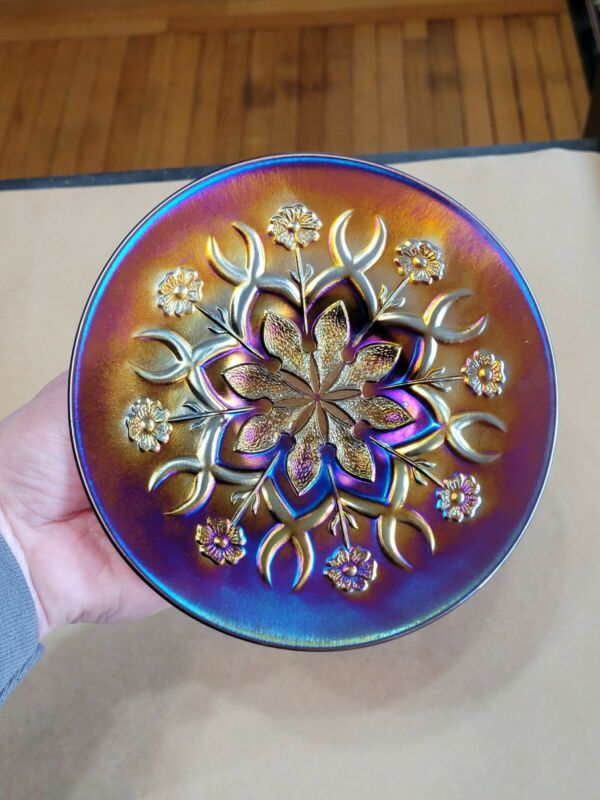 Purple Dugan Carnival Glass Small Wishbones & Spades Plate Good Color #1