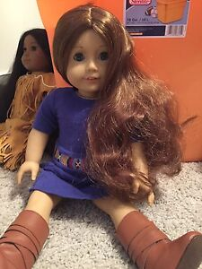 American girl dolls and clothes also have accessories