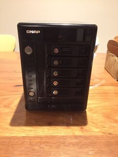 QNAP TS 509 PRO with 5 x 2TB HDD's