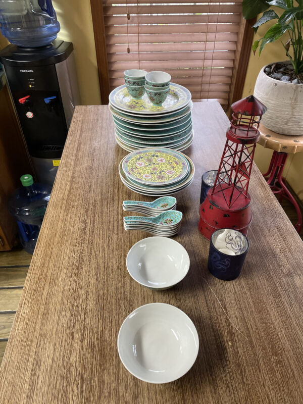 Vintage Chinese Dishes