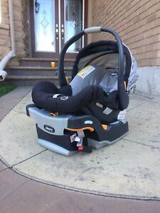 Chicco Keyfit 30 Car Seat & base