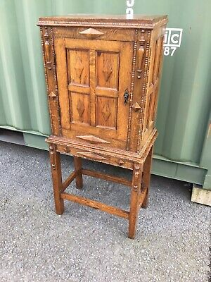 ANTIQUE/REPRODUCTION OAK PANELLED DRINKS/COCKTAIL/STORAGE CABINET  TWO PIECE