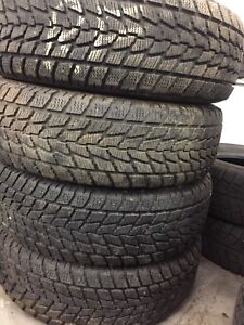 215/70R 15 Toyo winter tires almost new!