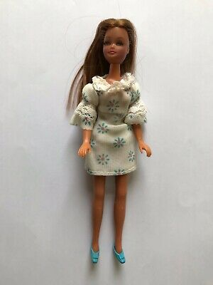 Vintage Palitoy  Pippa Doll Dancing Marie with original dress and shoes